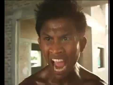 Funny Thai Commercial – Buakaw 2013