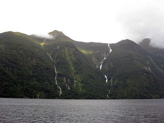 10. Browne Falls – 10 Highest Waterfalls