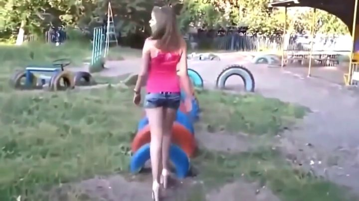 GIRL FAILS – JAN 2017 ► Funny Fail Video Compilation